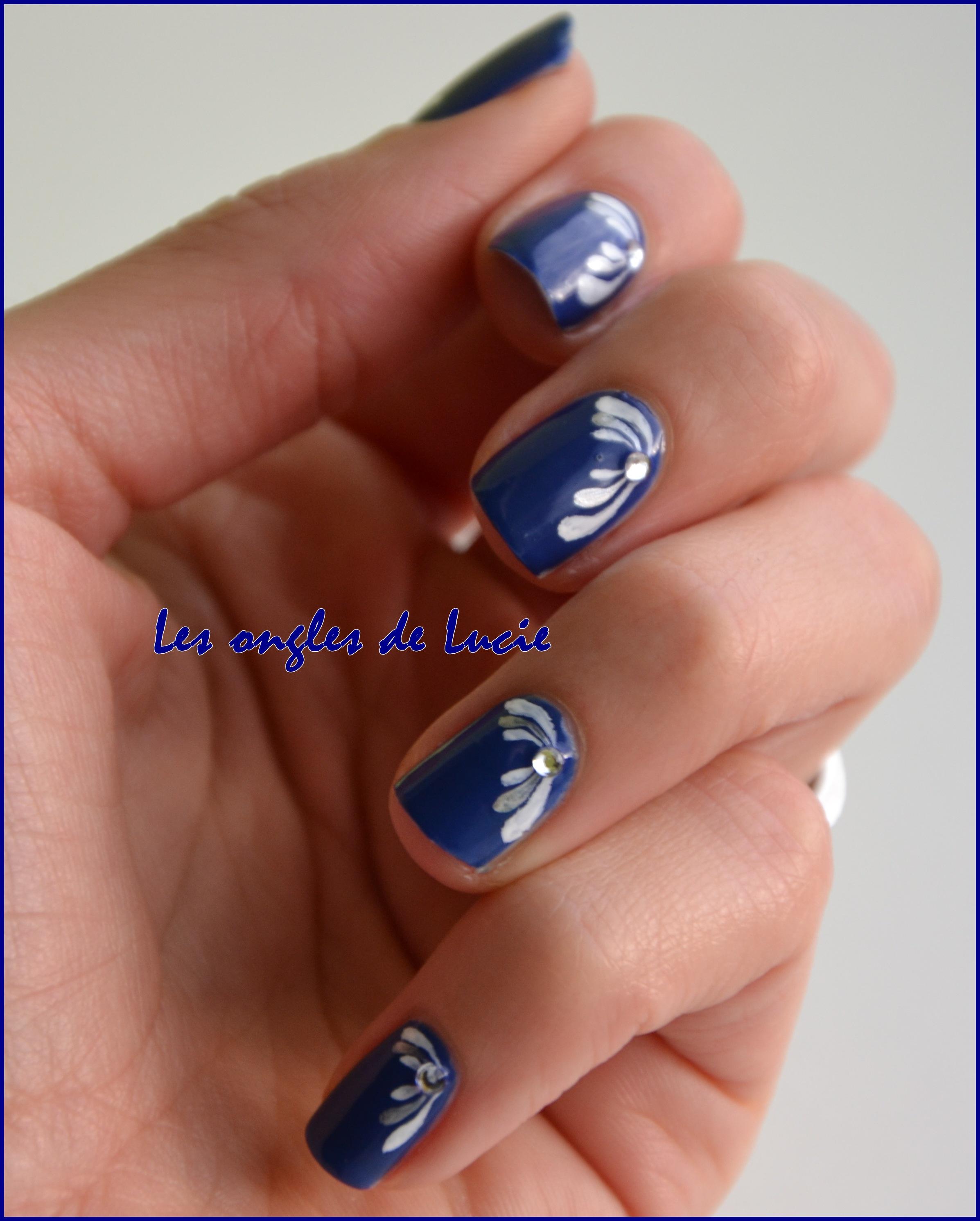 nail art goutte