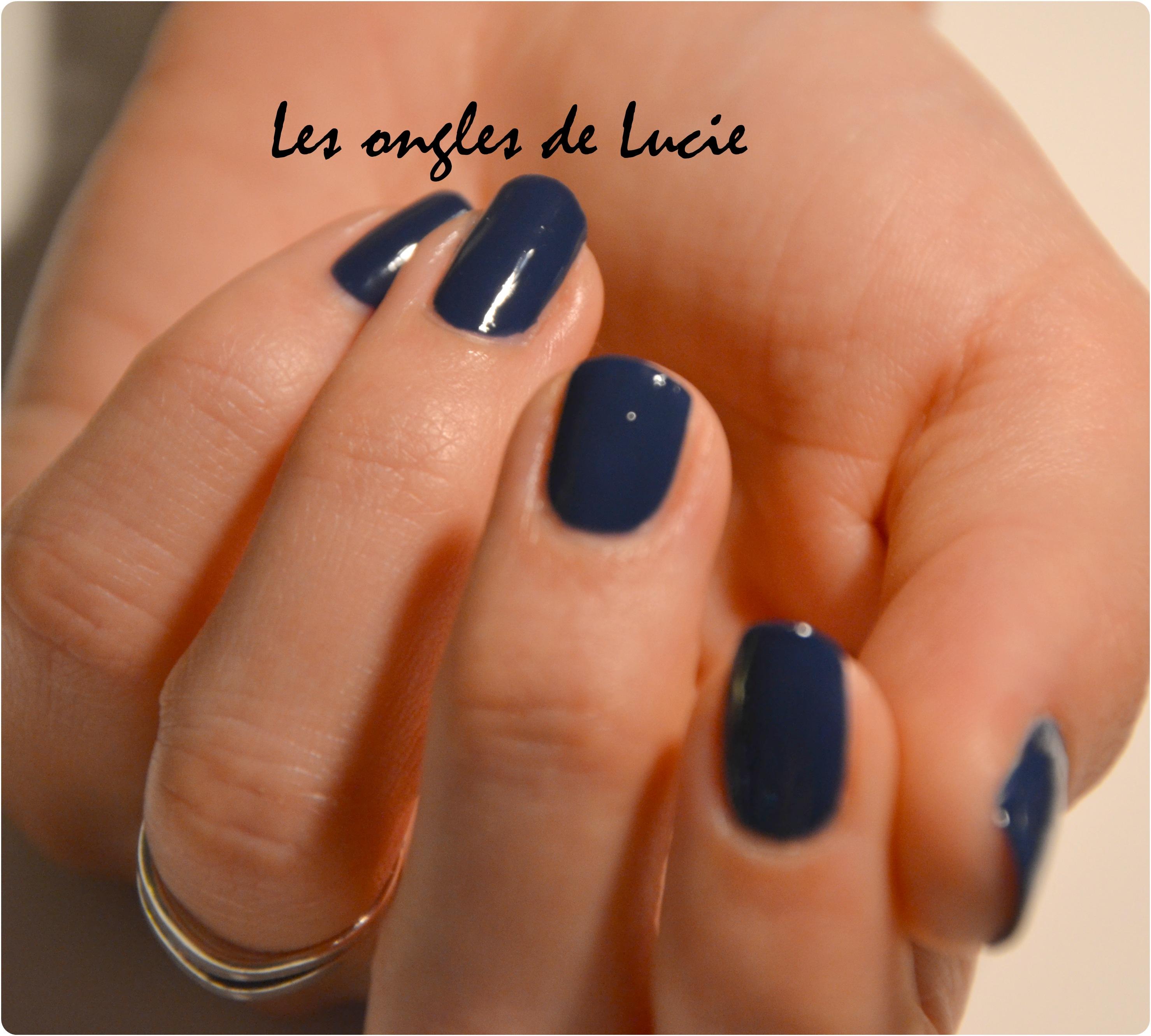Bleu marine les ongles de lucie - Ongle bleu marine ...
