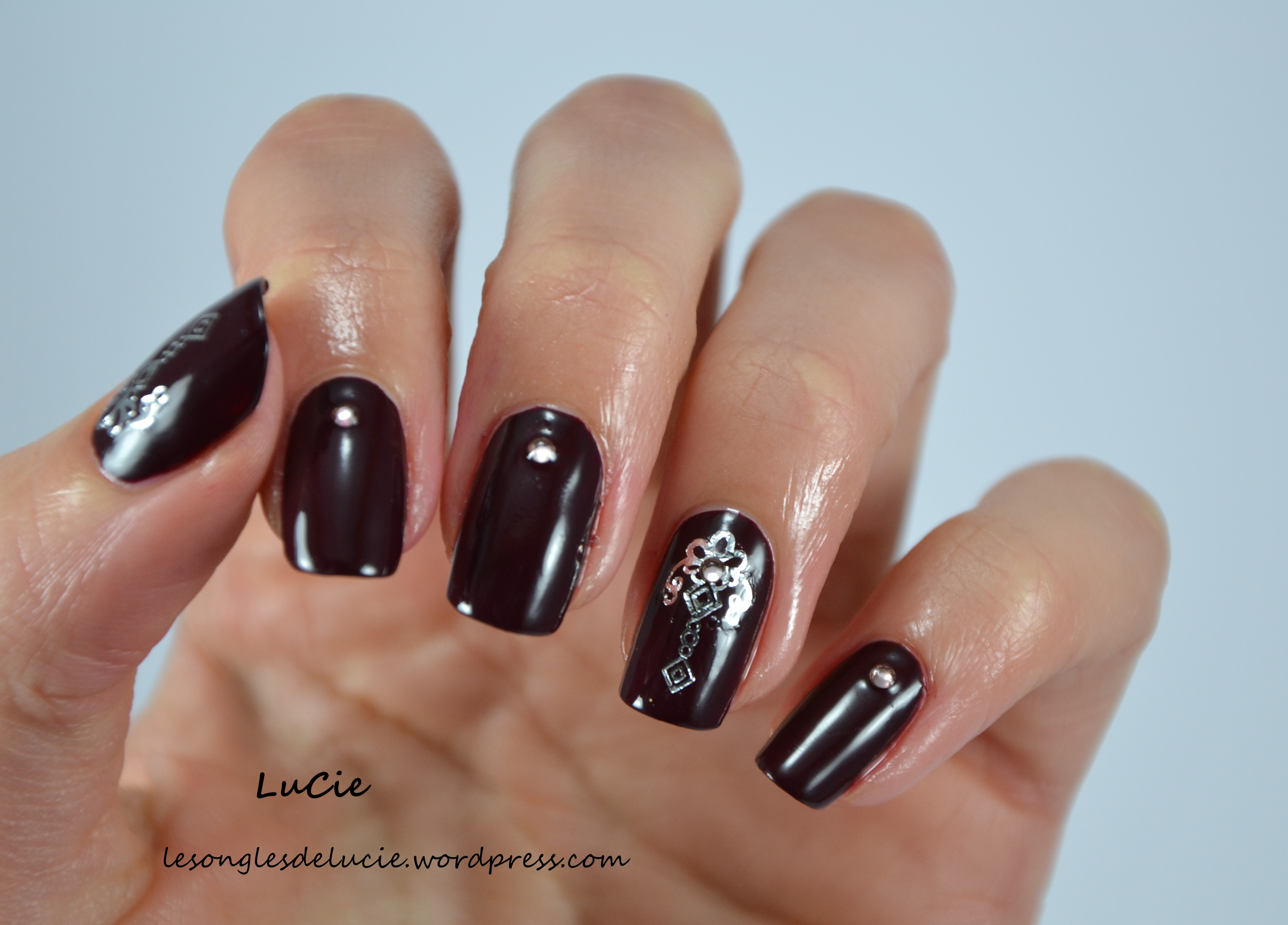 water decal les ongles de lucie. Black Bedroom Furniture Sets. Home Design Ideas