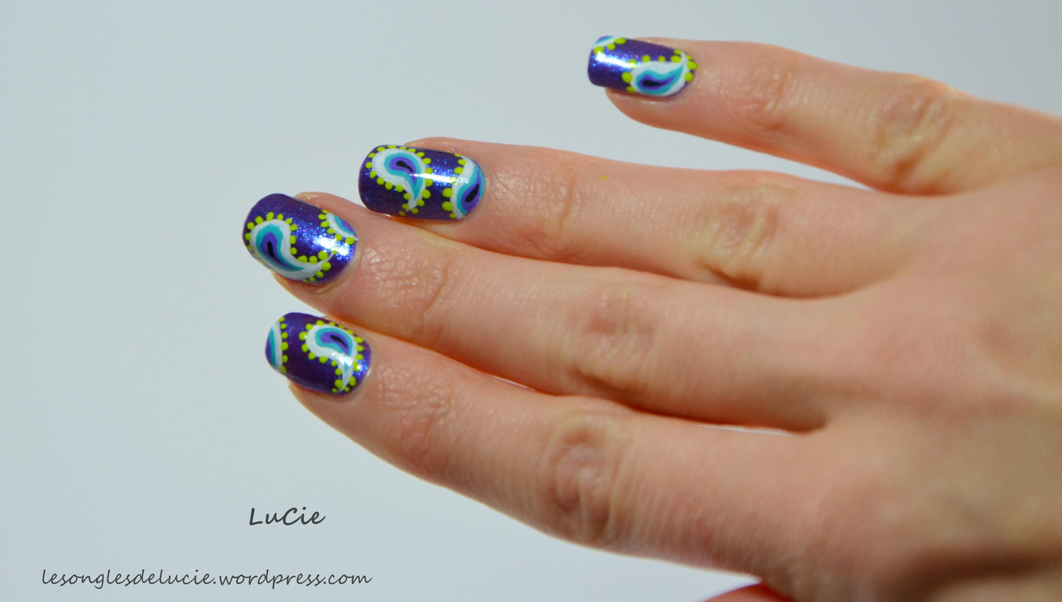 Nail art coupons