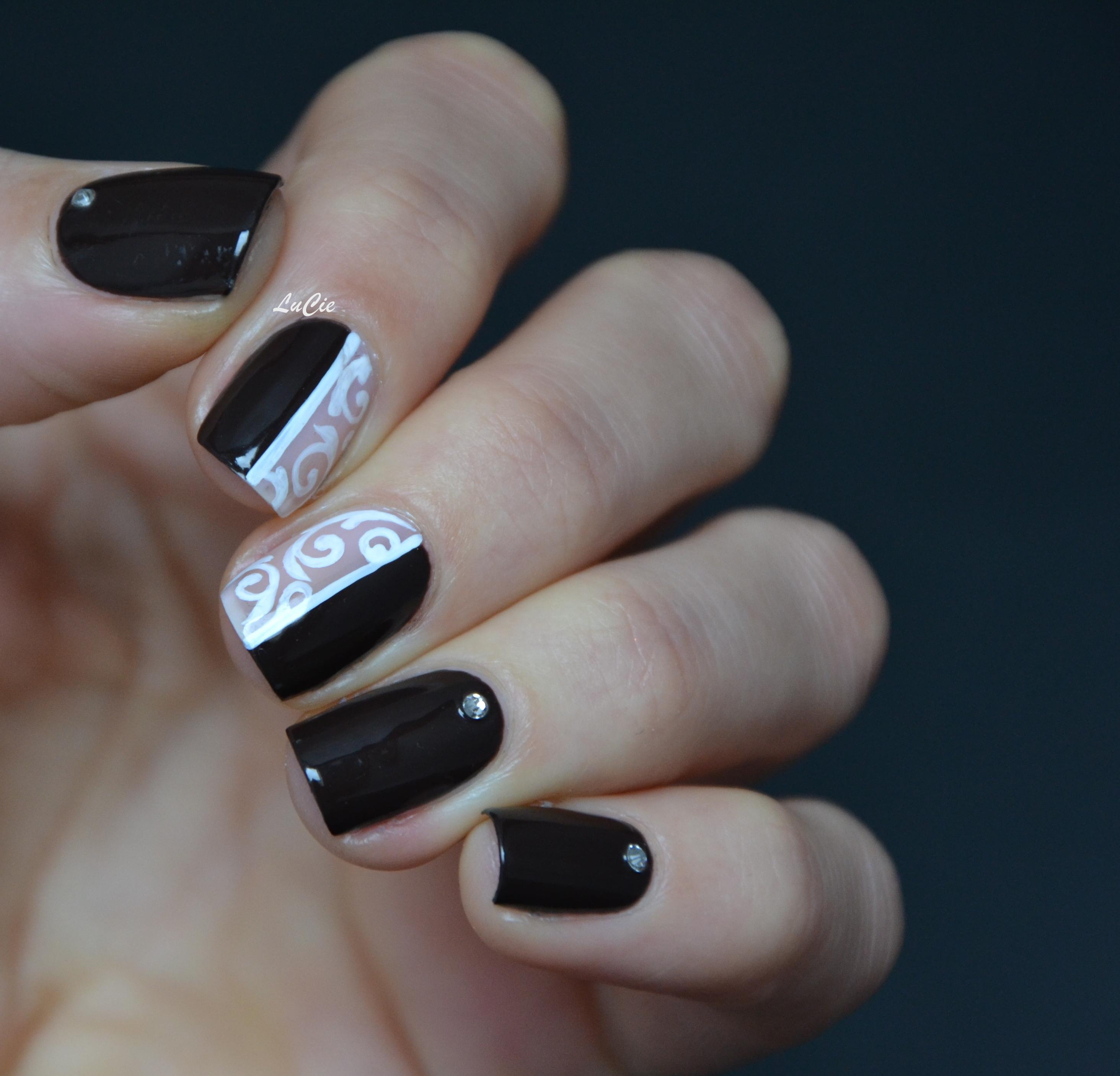 Peinture acrylique les ongles de lucie - Vernis sur peinture acrylique ...
