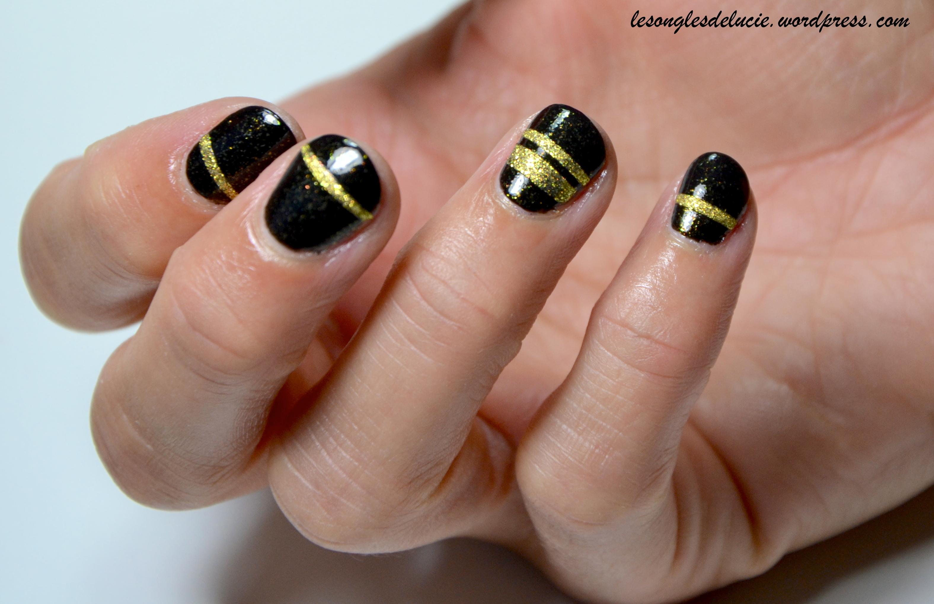 Nail art noir et dor les ongles de lucie - Vernis a ongle noir ...